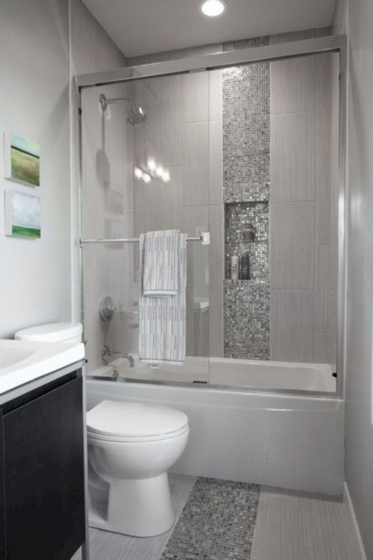 35 luxury bathroom makeovers ideas for small space - Luxury bathrooms in small spaces ...